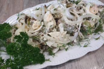 Вкуснее чем «Оливье»! Салат без грамма мяса, который по вкусу не отличишь от мясного 1